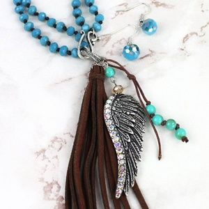 Jewelry - Wing & Tassel Dual Length Set